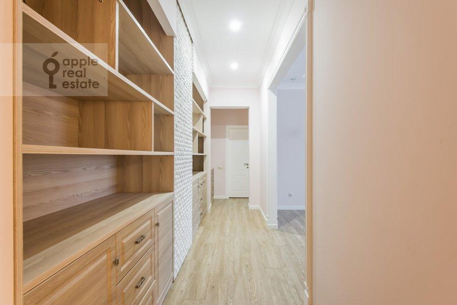 Коридор в 2-комнатной квартире по адресу улица Столетова 19