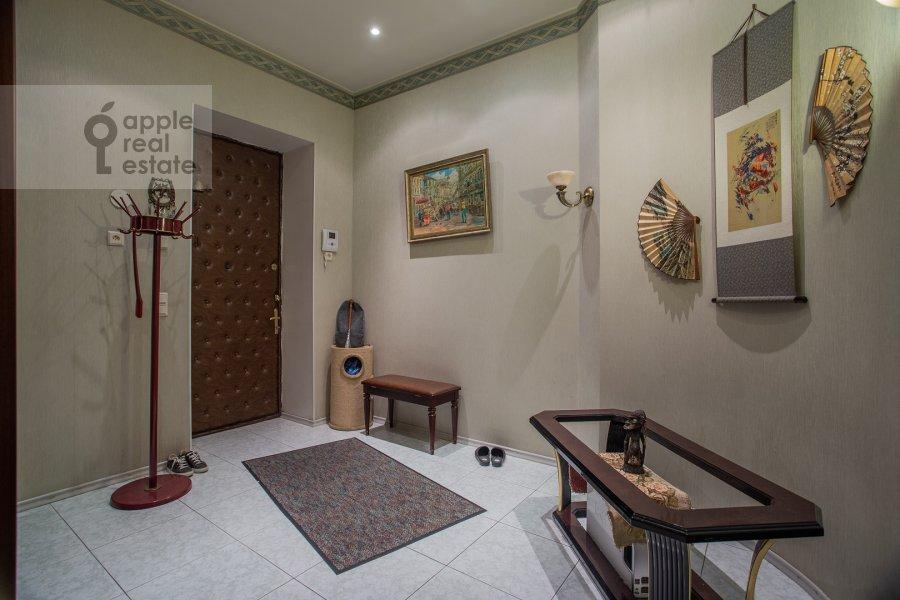 Corridor of the 4-room apartment at Nikitskiy bul'var 15/16