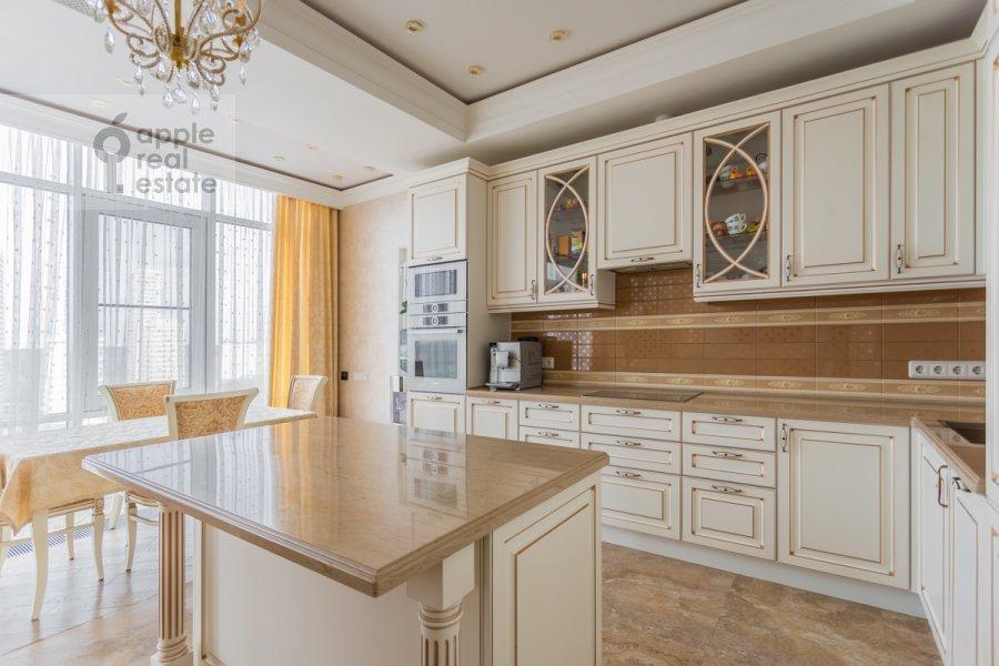 Kitchen of the 4-room apartment at 1-ya Myasnikovskaya ulitsa 2