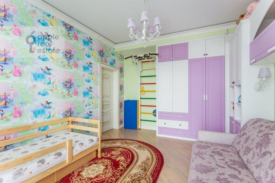 Children's room / Cabinet of the 4-room apartment at 1-ya Myasnikovskaya ulitsa 2
