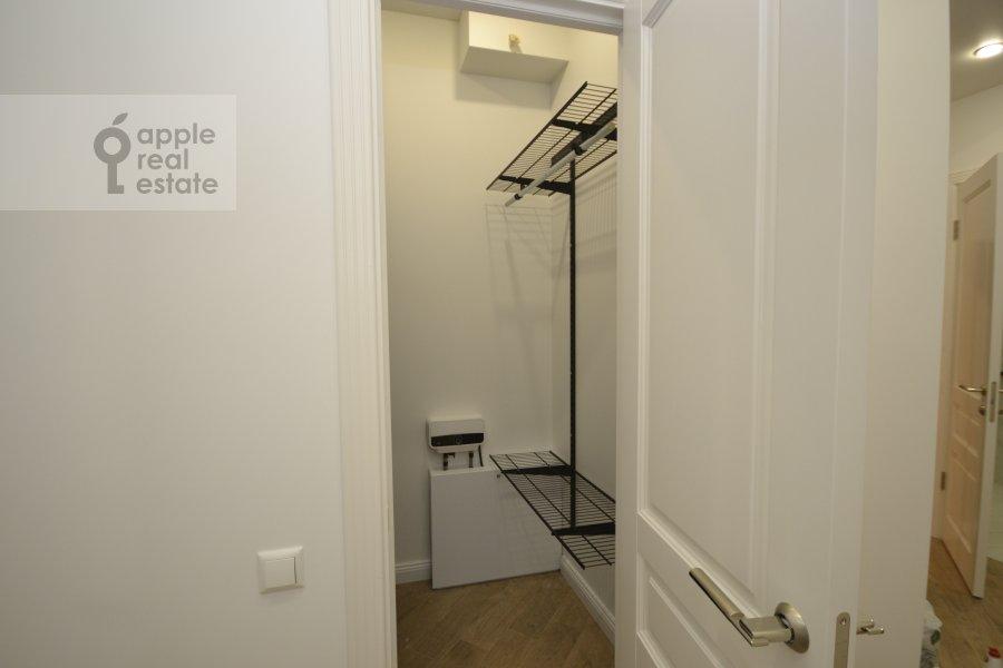 Walk-in closet / Laundry room / Storage room of the 3-room apartment at Leningradskiy prospekt 36s30