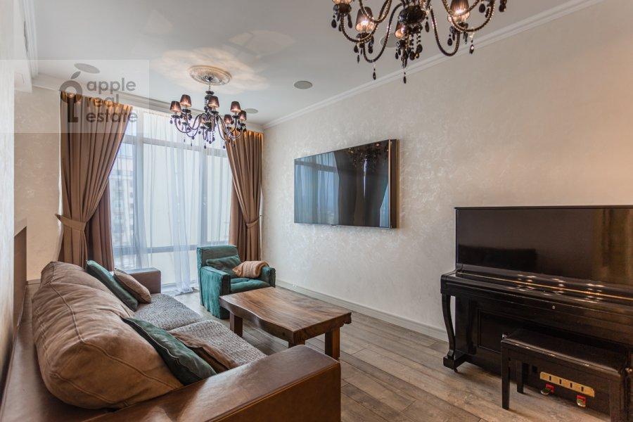 Гостиная в 2-комнатной квартире по адресу Покровский бульвар 4/17с10