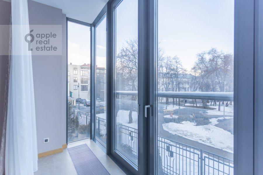 Balcony / Terrace / Loggia of the 5-room apartment at Khilkov pereulok 5