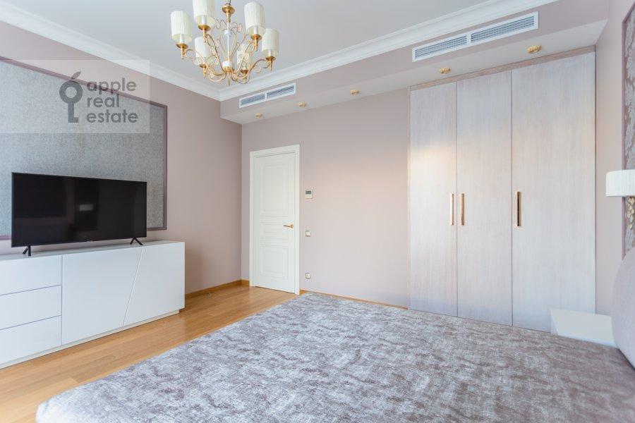 Спальня в 5-комнатной квартире по адресу Хилков переулок 5