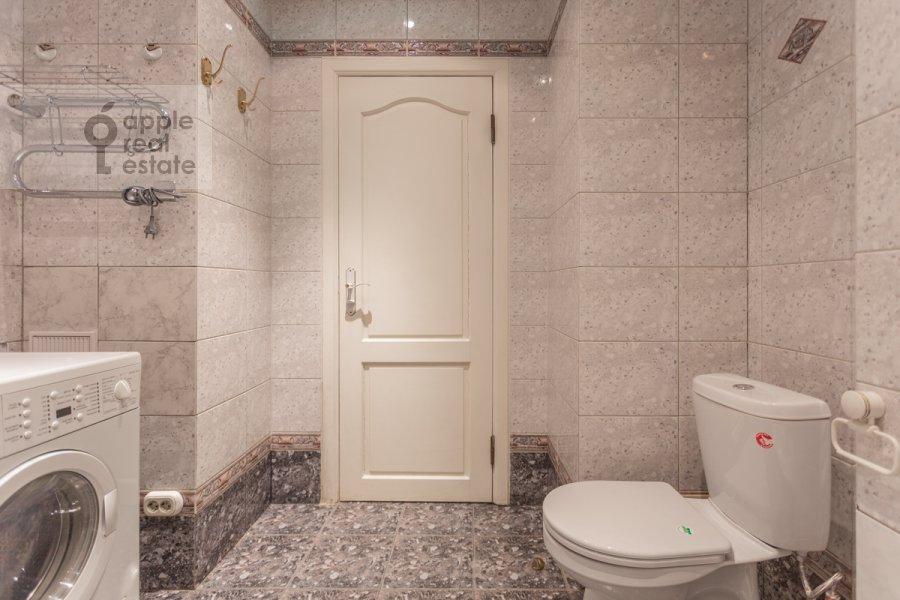 Санузел в 3-комнатной квартире по адресу Новоспасский переулок 3к1