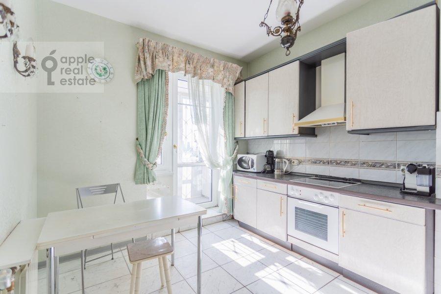 Кухня в 3-комнатной квартире по адресу Новоспасский переулок 3к1