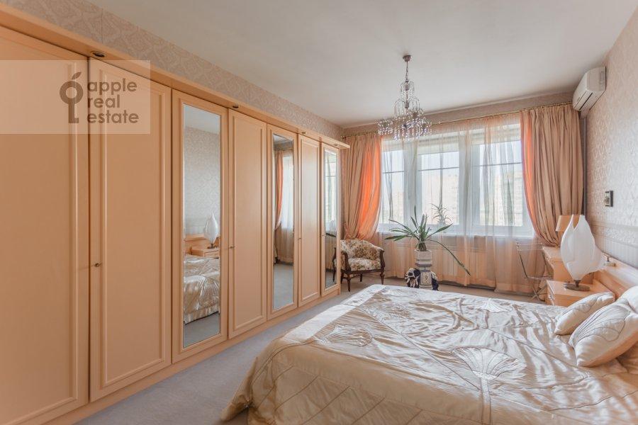 Спальня в 3-комнатной квартире по адресу Новоспасский переулок 3к1