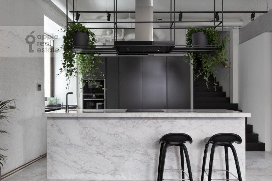 Кухня в 4-комнатной квартире по адресу 3-й Кадашевский переулок 7-9С1