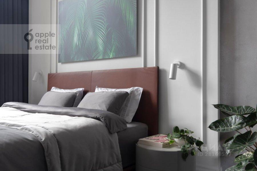 Спальня в 4-комнатной квартире по адресу 3-й Кадашевский переулок 7-9С1