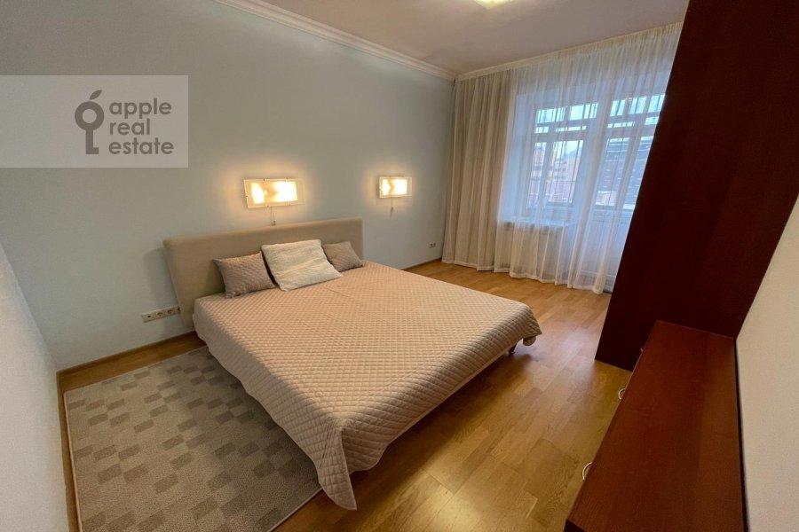3-комнатная квартира по адресу Скаковая ул 5