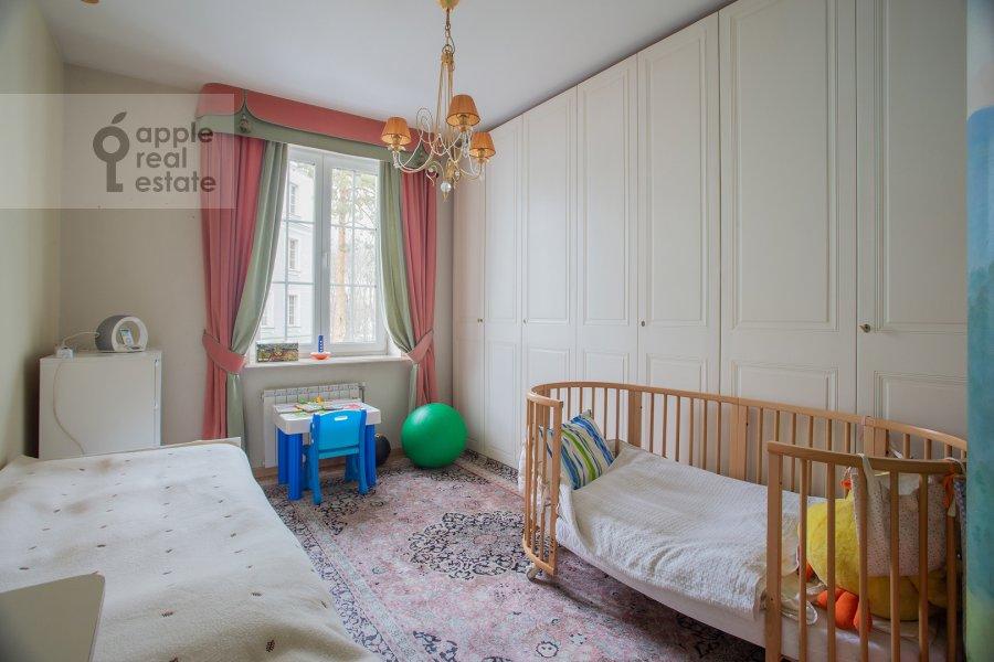 Детская комната / Кабинет в 4-комнатной квартире по адресу Береговая улица 8К3