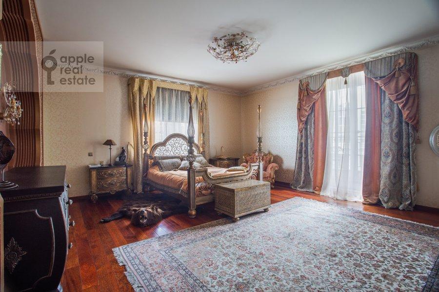 Спальня в 4-комнатной квартире по адресу Береговая улица 8К3