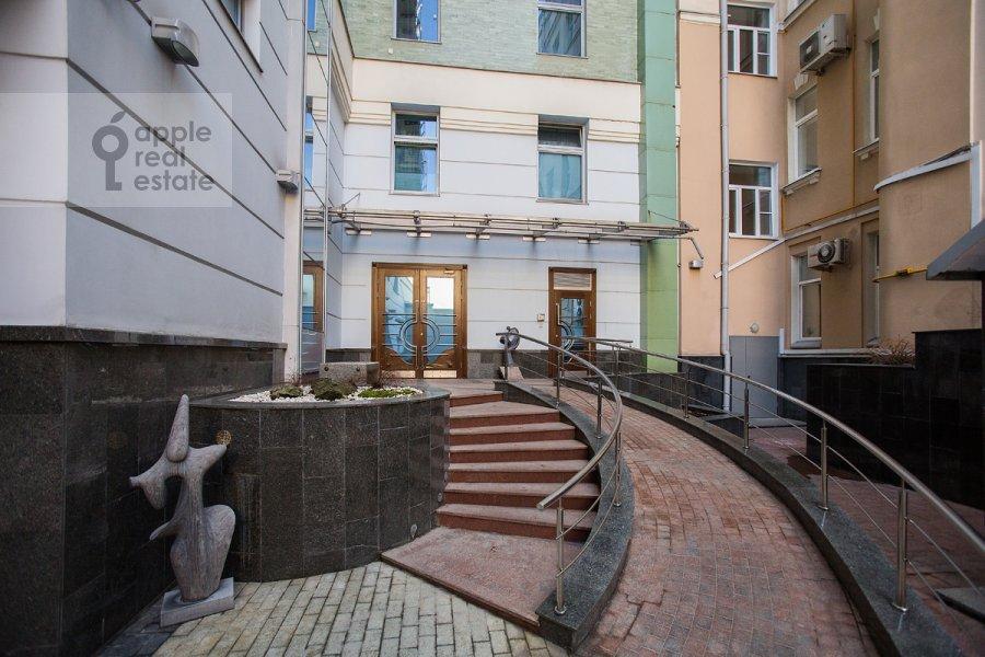 Фото дома 4-комнатной квартиры по адресу Поварская улица 28с2