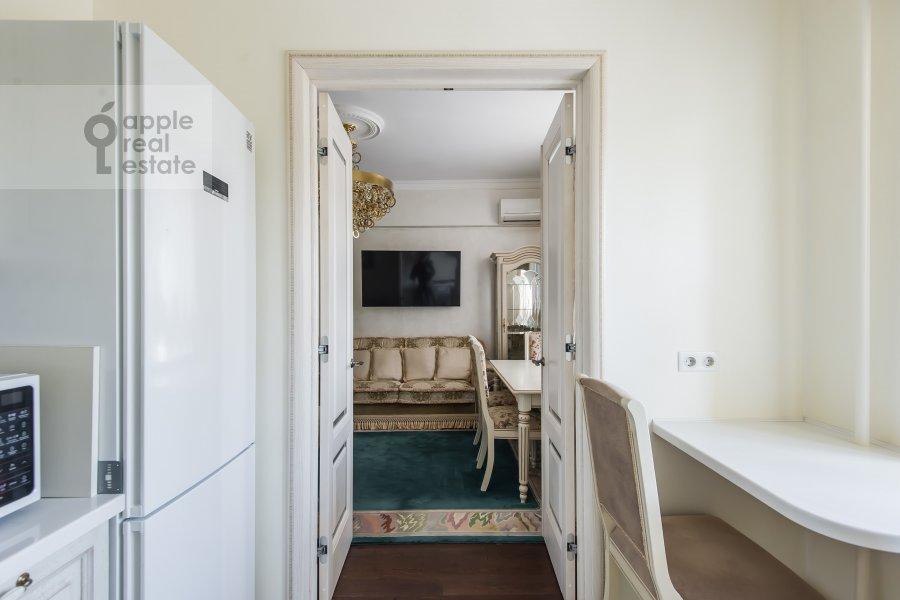 Kitchen of the 2-room apartment at ulitsa Gospital'nyy Val 5K18