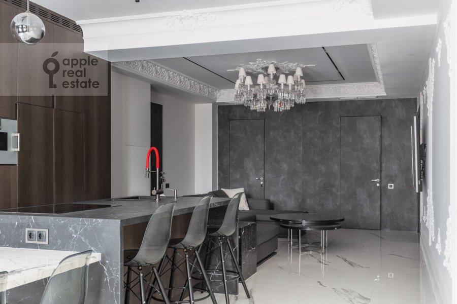 Kitchen of the 4-room apartment at Trubnikovskiy pereulok 11