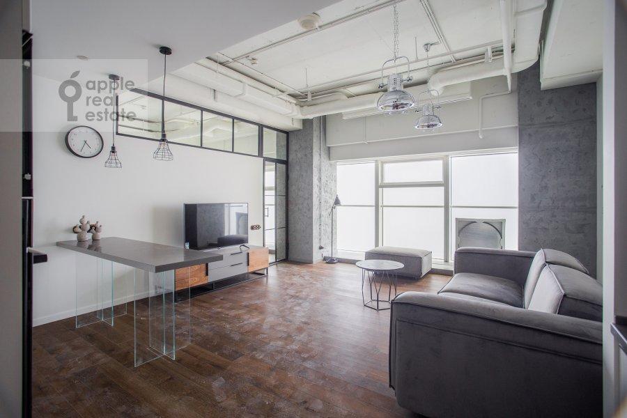 Living room of the 2-room apartment at 1-y Krasnogvardeyskiy proezd 15
