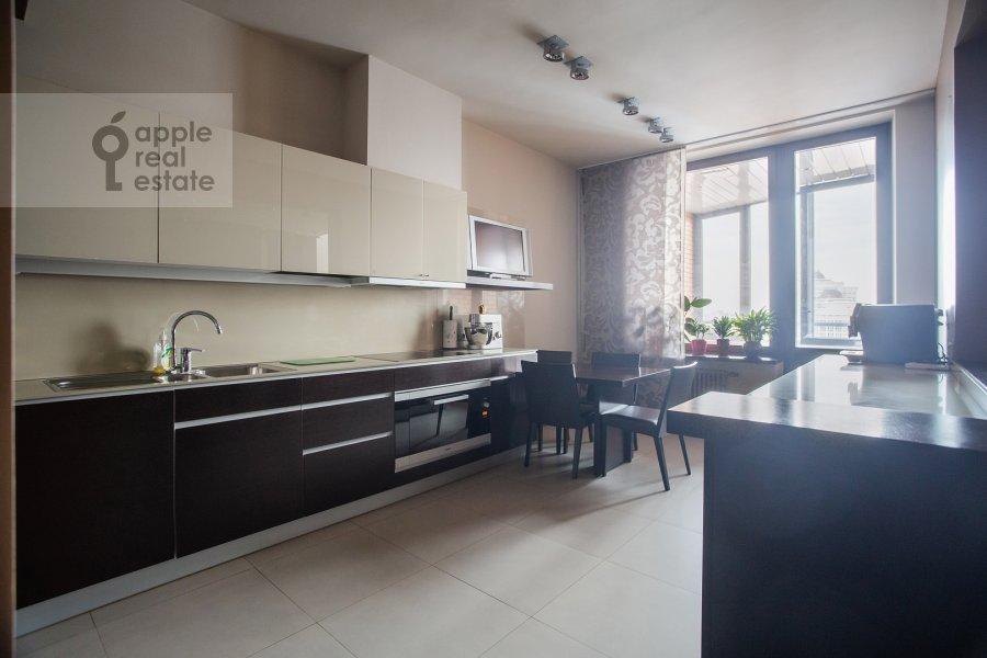 Kitchen of the 6-room apartment at Leninskiy prospekt 106K1