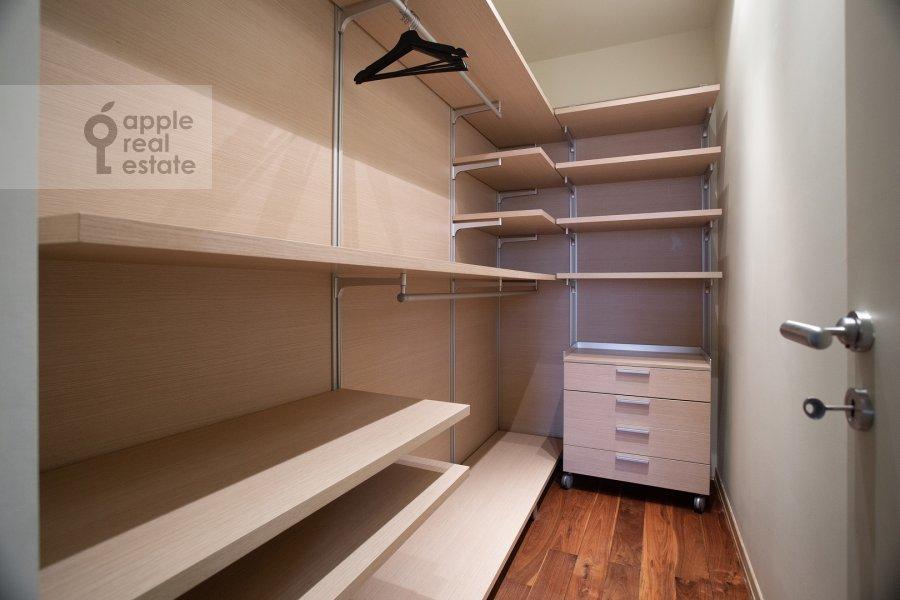 Walk-in closet / Laundry room / Storage room of the 6-room apartment at Leninskiy prospekt 106K1