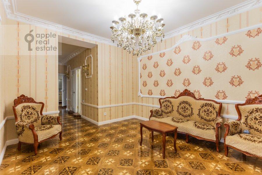 Corridor of the 3-room apartment at Troitskaya ulitsa 9k1