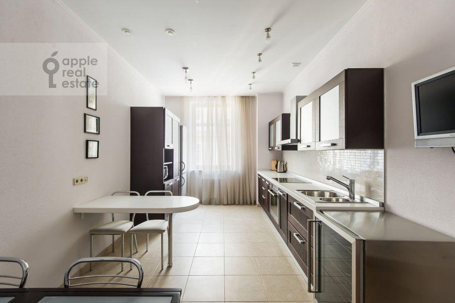 Kitchen of the 3-room apartment at Mashkova ulitsa 1