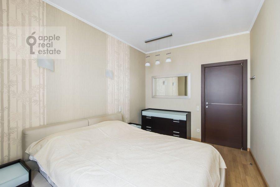 Bedroom of the 3-room apartment at Mashkova ulitsa 1