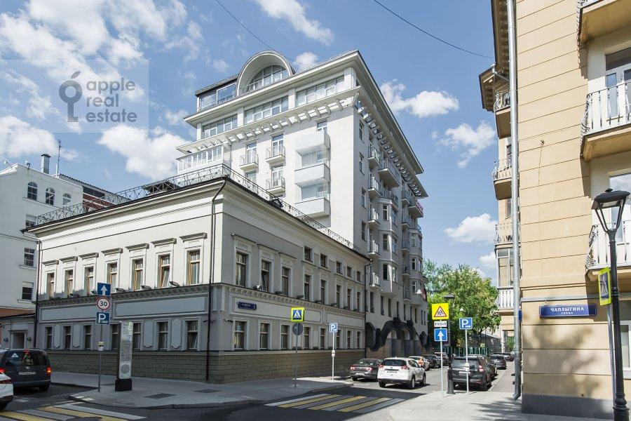 Photo of the house of the 3-room apartment at Mashkova ulitsa 1