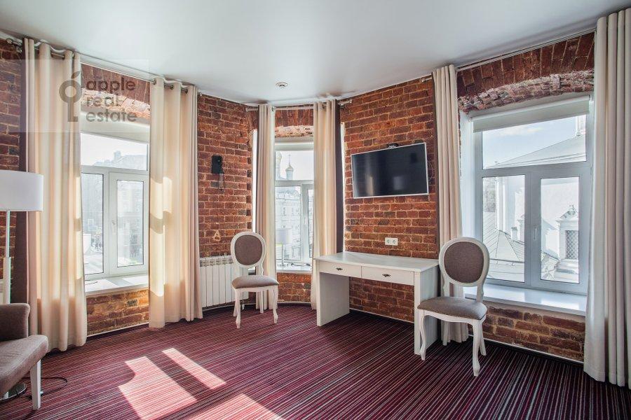 Гостиная в квартире-студии по адресу Сретенка 4