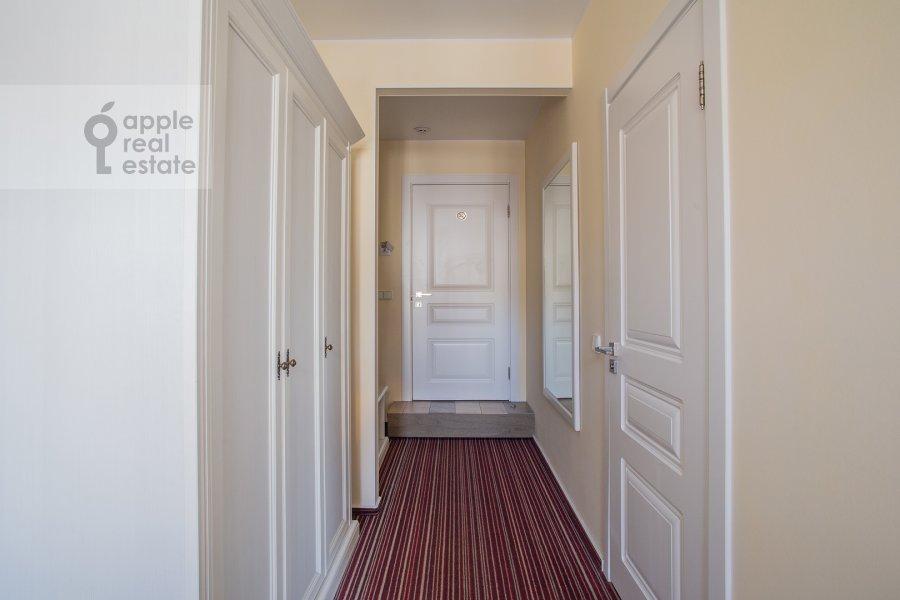 Коридор в квартире-студии по адресу Сретенка 4