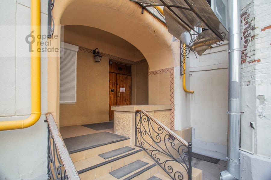Photo of the house of the studio apartment at Dolgorukovskaya ul 29