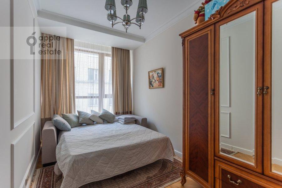 Children's room / Cabinet of the 3-room apartment at prospekt Mira 102s12