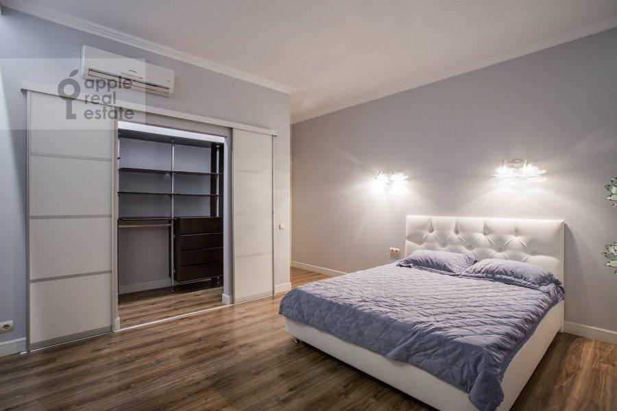 Спальня в 3-комнатной квартире по адресу Расплетина 21