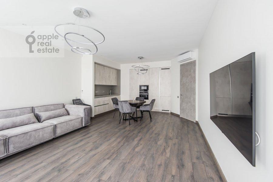 Living room of the 4-room apartment at Paveletskaya naberezhnaya 6A