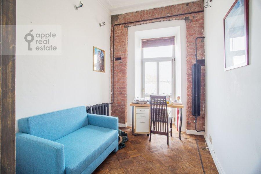 Детская комната / Кабинет в 3-комнатной квартире по адресу Пятницкая улица 17/4С1