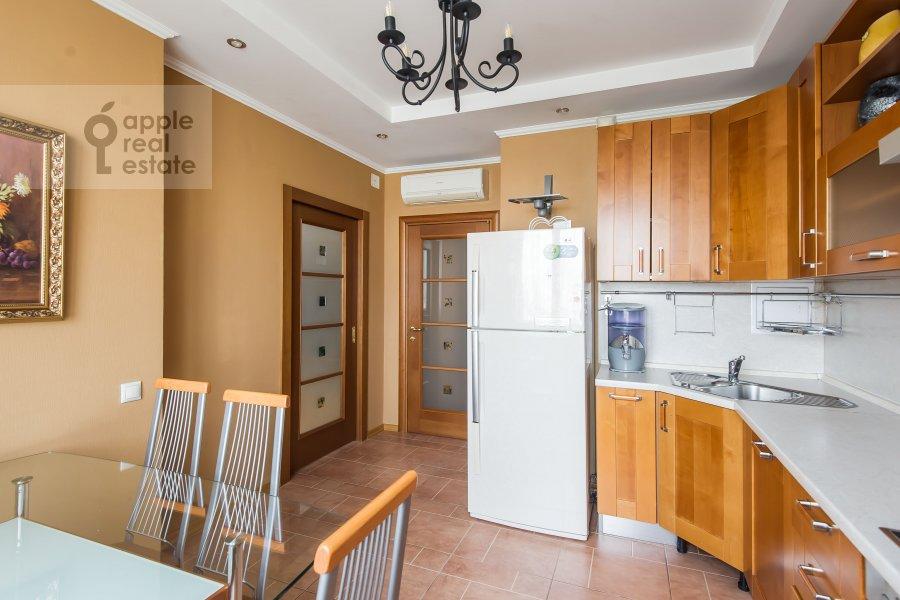 Kitchen of the 3-room apartment at Udal'tsova 17k1