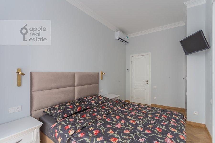 Bedroom of the 2-room apartment at Khodynskaya ulitsa 2
