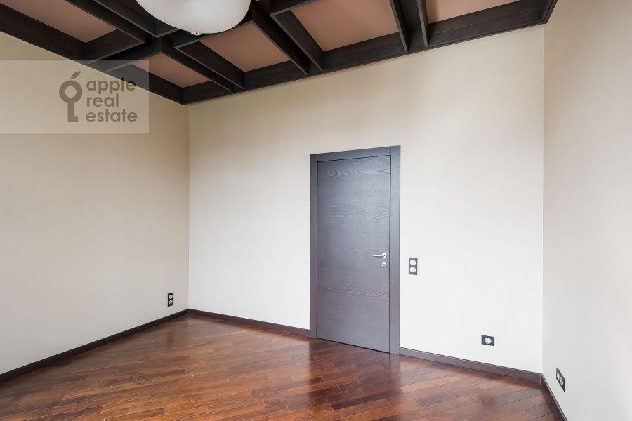 Детская комната / Кабинет в 3-комнатной квартире по адресу Фадеева 4А