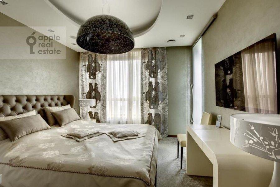 Bedroom of the 4-room apartment at Ivan'kovskoe shosse 5