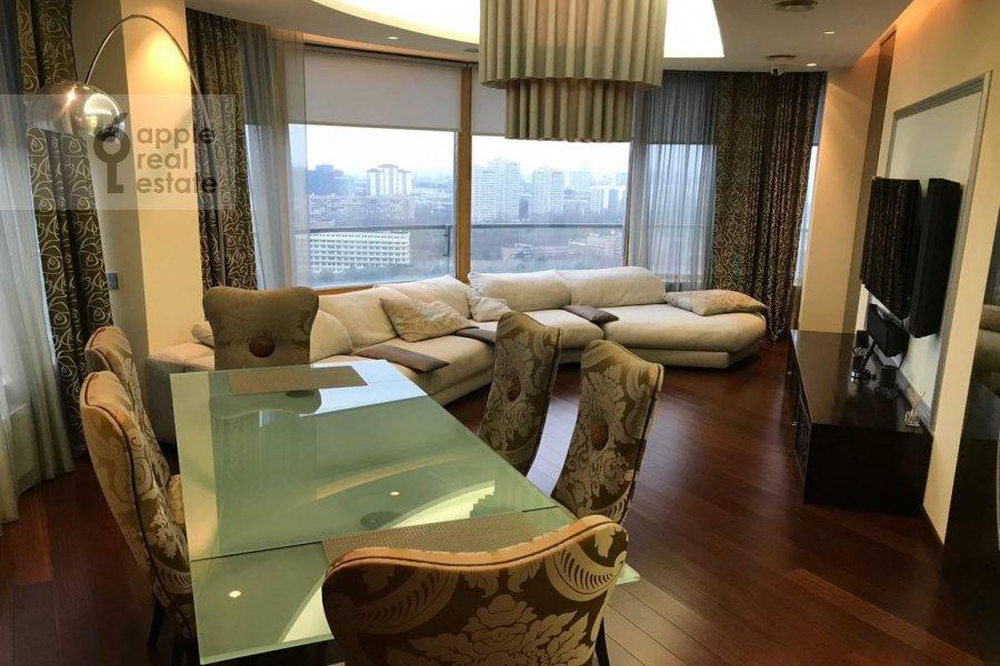 Living room of the 4-room apartment at Ivan'kovskoe shosse 5