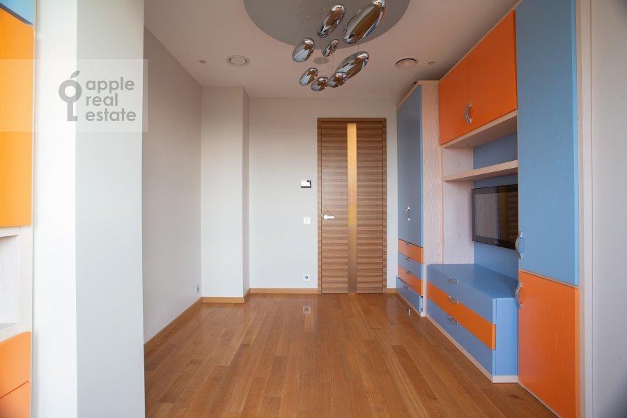 Детская комната / Кабинет в 4-комнатной квартире по адресу Иваньковское шоссе 5