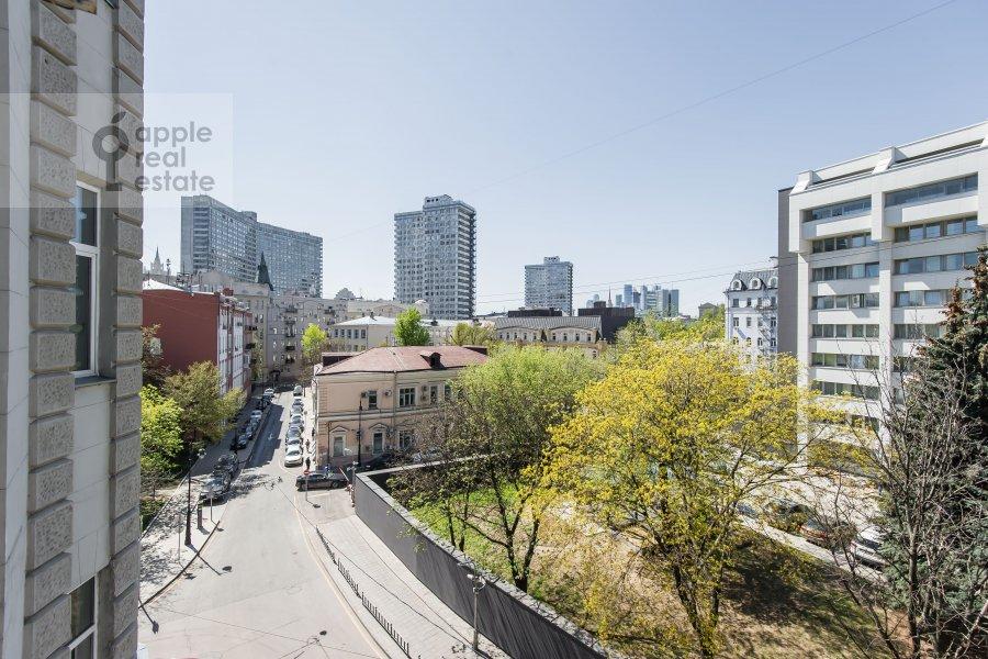 Вид из окна в 5-комнатной квартире по адресу Малая Молчановка 8с2