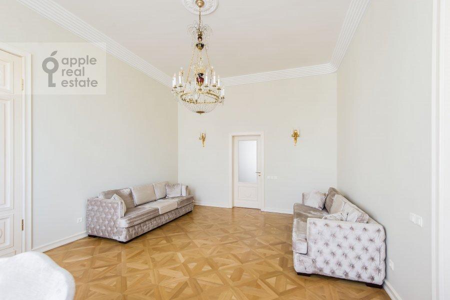 Гостиная в 5-комнатной квартире по адресу Малая Молчановка 8с2