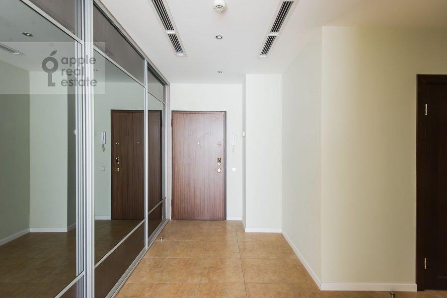 Corridor of the 3-room apartment at Ruzheynyy pereulok 3