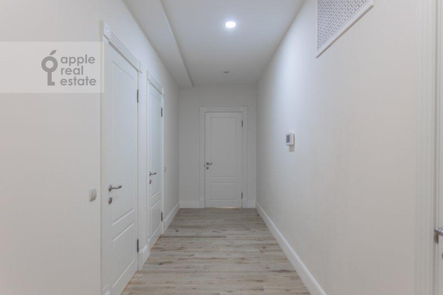 Corridor of the 4-room apartment at Shvedskiy tupik 3