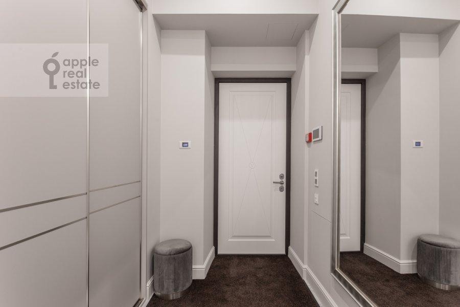 Коридор в 4-комнатной квартире по адресу Большая Полянка ул 44