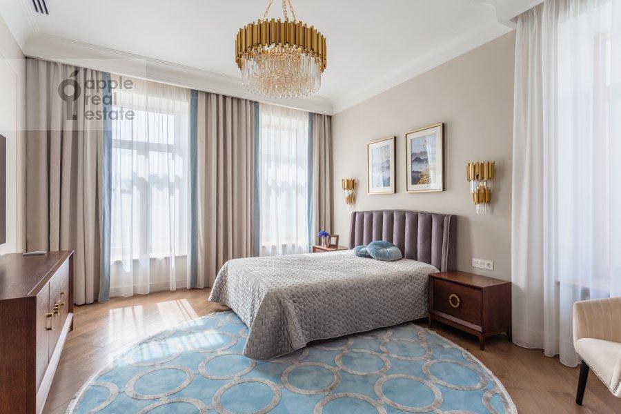 Спальня в 4-комнатной квартире по адресу Большая Полянка ул 44