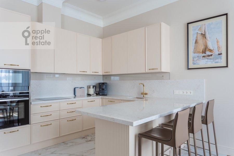 Кухня в 4-комнатной квартире по адресу Большая Полянка ул 44