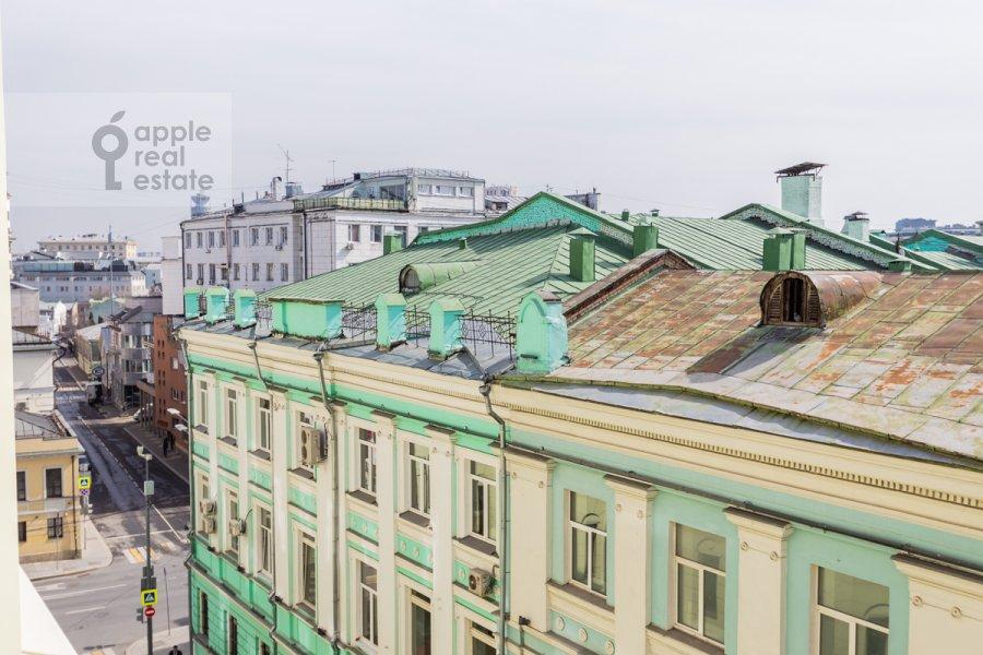 Вид из окна в 4-комнатной квартире по адресу Большая Полянка ул 44