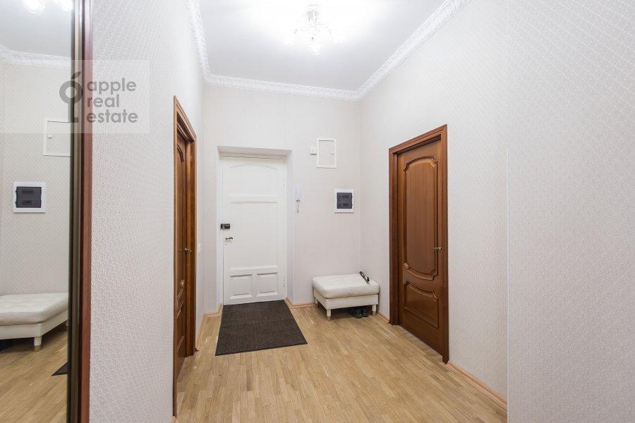 Corridor of the 3-room apartment at Tverskaya 15