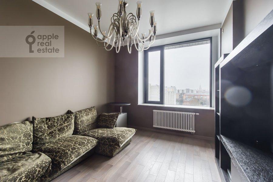 Детская комната / Кабинет в 2-комнатной квартире по адресу Новочеремушкинская улица 17