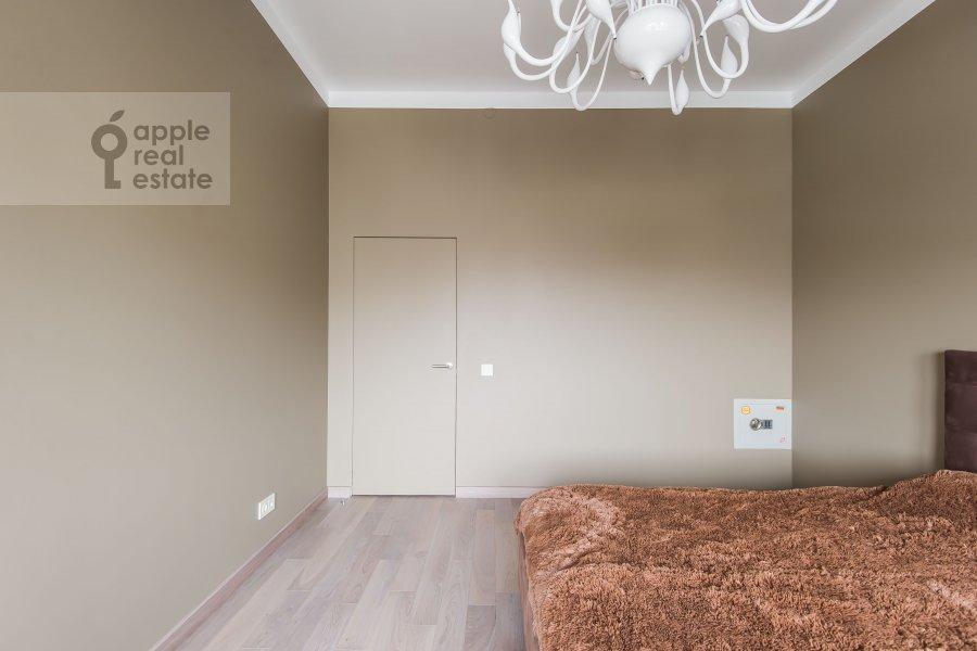 Спальня в 2-комнатной квартире по адресу Новочеремушкинская улица 17
